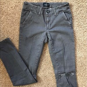 Gray American eagle ripped knee pants