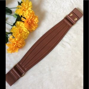 Cato's NWOT Brown Stretchy Belt
