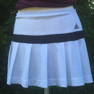 Adidas Tennis Skorts.(Skirt/ Shorts) CLIMA 365. S8