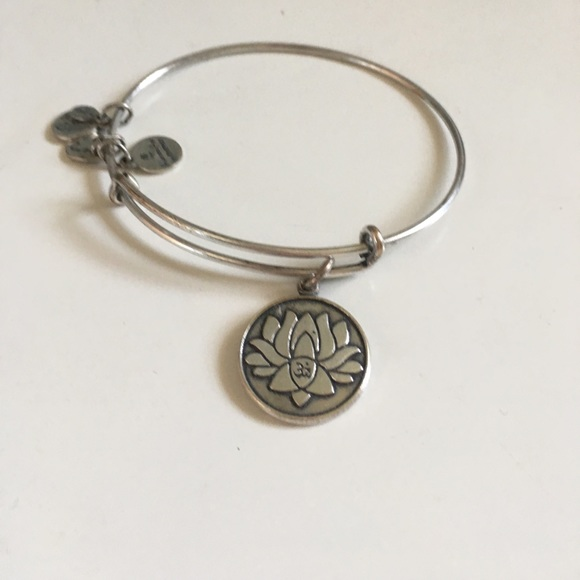 64 off alex and ani jewelry lotus flower alex and andi