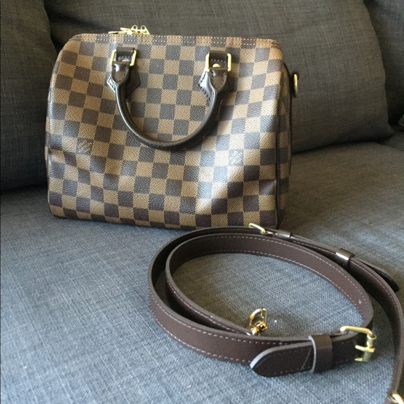 b68e85a2e951 Louis Vuitton Handbags - Louis Vuitton Speedy 25 Bandouliere Damier Ebene