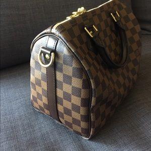 837998840bc1 Louis Vuitton Bags - Louis Vuitton Speedy 25 Bandouliere Damier Ebene