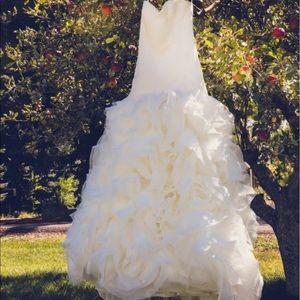 White by Vera Wang Organza and Satin Wedding Dress