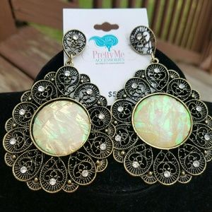 NEW Antique Style Earrings
