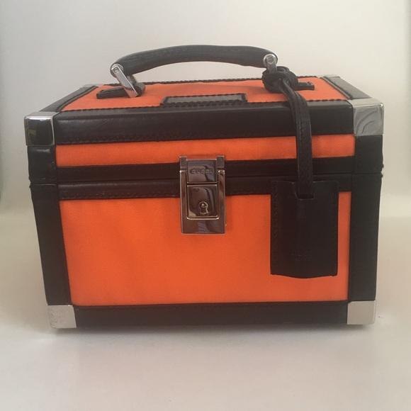 d049dac6c Gucci Handbags - Gucci Canvas / Leather Train Case Cosmetic Luggage