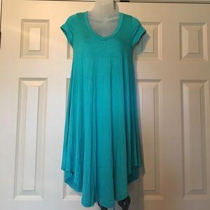 NWOT Reborn J V-Neck Dress