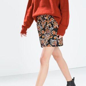 Zara Woman Floral Printed Front Zip Skirt