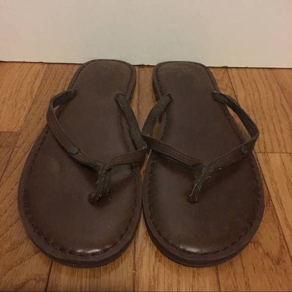 429355db46b Abercrombie   Fitch Shoes - Abercrombie Leather Flip Flops