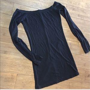 Shoulder blouse