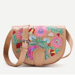 Handbags - 🌟LAST ONE🌟 🌱EMBROIDERED MINI CROSSBODY🌿🌱