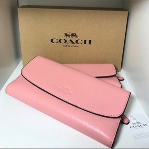 Brand new pink leather Coach wallet (NWT)