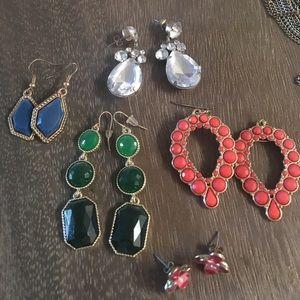 5 pairs costume jewelry earrings