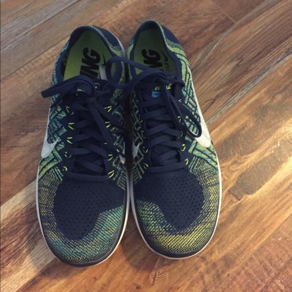 the latest 89cc2 4757e Men Nike Barefoot Ride 4.0 Free FlyKnit