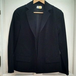 Price Drop! Maternity black blazer