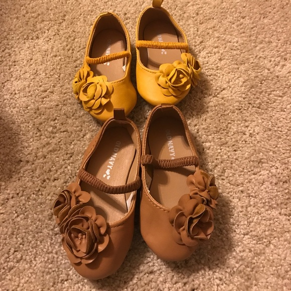 bf827fd8f5817 Old navy baby girl shoes size 5