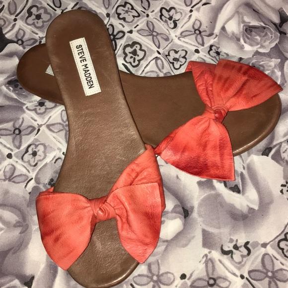 European size 40 Steve Madden Bubblez bow sandal