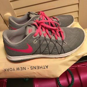 HOST PICK Nike sneakers pink/gray