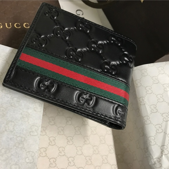 40fe19b058cb Gucci Accessories | Authentic Signature Web Mens Wallet | Poshmark