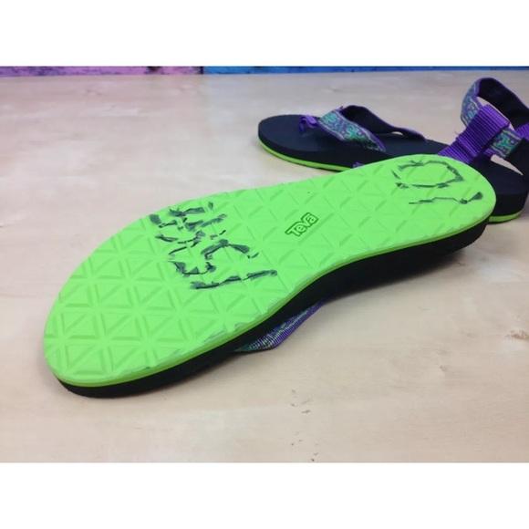 Nike Vel Cro Shoes