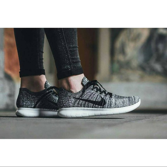 quite nice new photos hot product Nike Free RN Oreo Flyknit Sneakers NWT