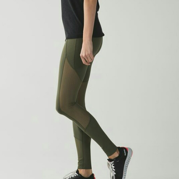 8da21d00d lululemon athletica Pants - Lululemon Barre Star Leggings