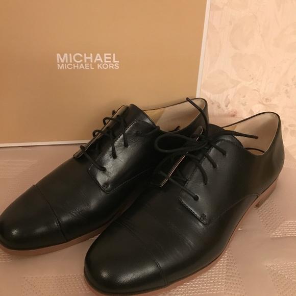Pierce Lace Leather Shoes