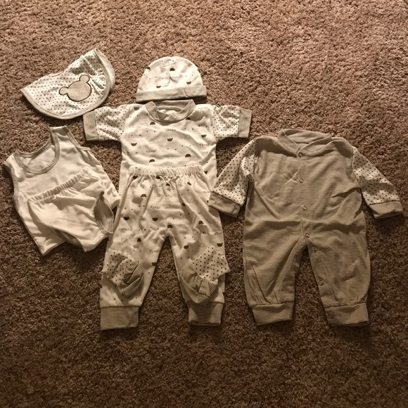 33 Off Ytfs Other 8 Piece Baby Set Brown Amp White Great