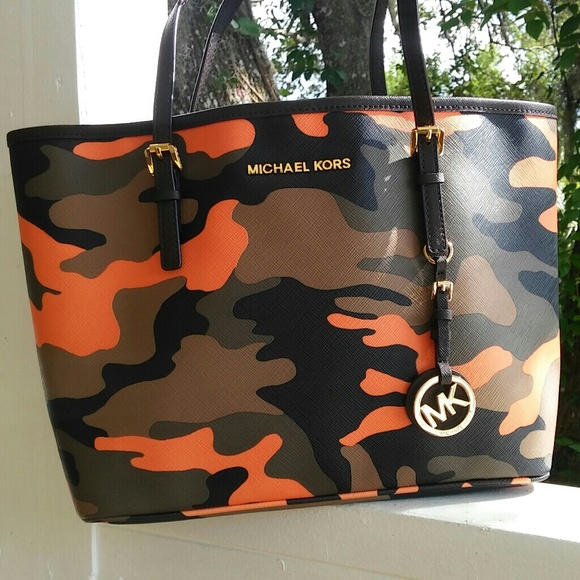 48848be9ae2d Bags | Michael Kors Jet Set Poppy Acid Poppy Orange Camo | Poshmark