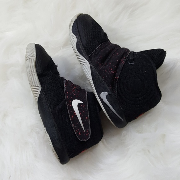 Kyrie Irving Toddler Boy Nike Shoes