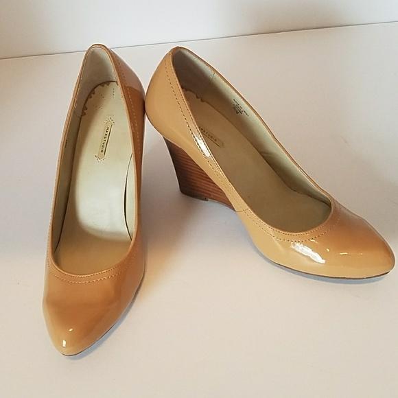 Shoes Scrape Back Of Heel