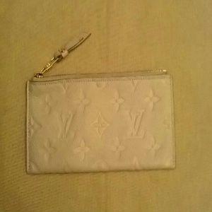 BRAND NEW Authentic Louis Vuitton Zippy Wallet