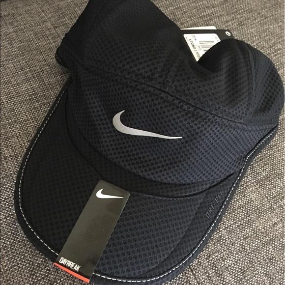 031136b36 Nike