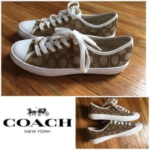 Coach Sneakers New & Never Worn - Size 8