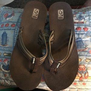 "Teva Shoes - Teva* MUSH ll ""Mandalyn"" thong wedge sandals, 9/10"