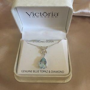 Jewelry - Blue topaz and diamond Necklace
