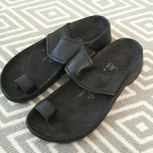 Riva Soft Footbed Birkenstock Leather Flip Flops For Men  ece436d0f