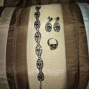 Vintage Avon Roses bracelet, earrings, ring set