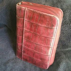 Handbags - Vintage day planner/wallet