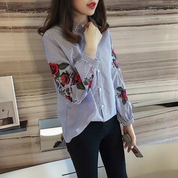 44 Off Joisshoes Tops Beautiful Blouse With Flower Embroidery Sleeve From Footylicious 39 S