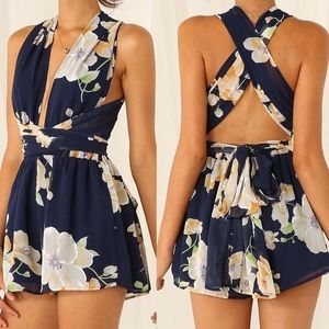 Pants - 🌷 Floral Open back Romper