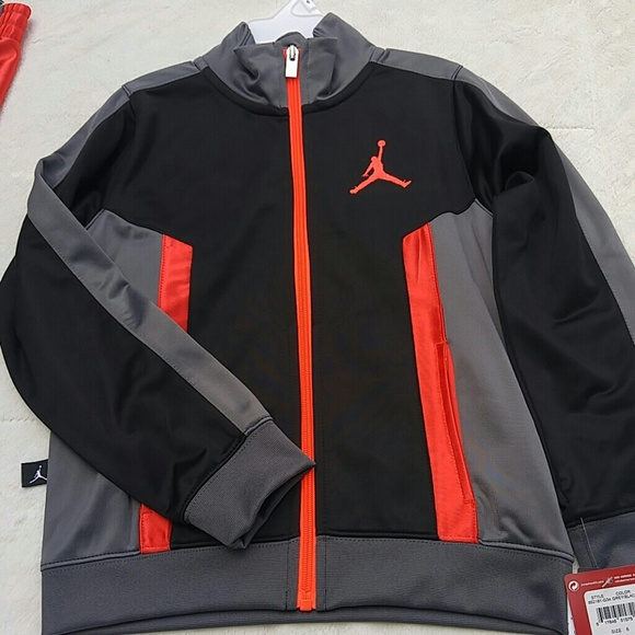 aba3dd7ebd593f Nike Air Jordan Jumpman Two Piece Track Suit