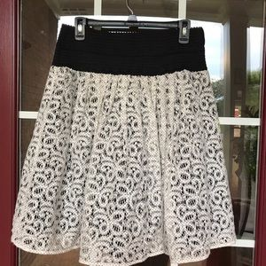Anthropologie Skirts - Anthropologie Ninette Skirt By Hd In Paris