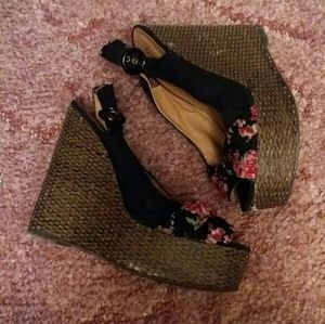 Shoes - Quipd wedges