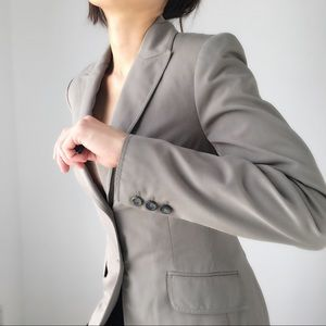 The LIMITED well made structured blazer. ON SALE