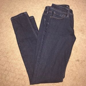 The Limited Dark Wash Jeans!!