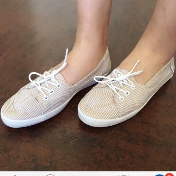 4a820487c5727a Vans Shoes - Vans striped flats😍Retail for  52! A classic