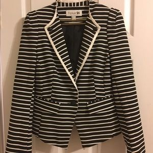 Forever 21 Blazer - Great Condition!