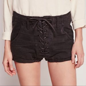 One Teaspoon Black Super freaks lace up shorts