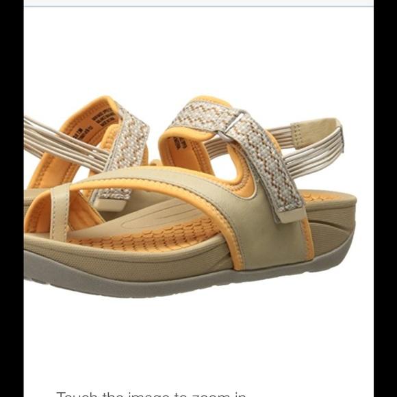 f653bb17b600 BareTraps Women s Sexy Platform Sandal size 6