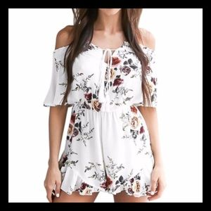 Pants - Off-Shoulder Floral Romper